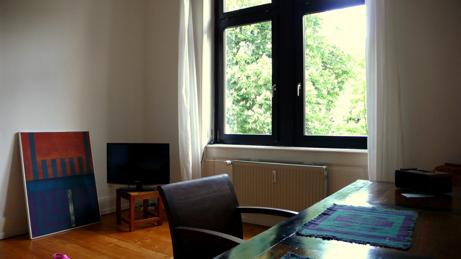 2nd-floor-10 Furnished apartment with Balcony in Frankfurt Bockenheim %Bockenheim