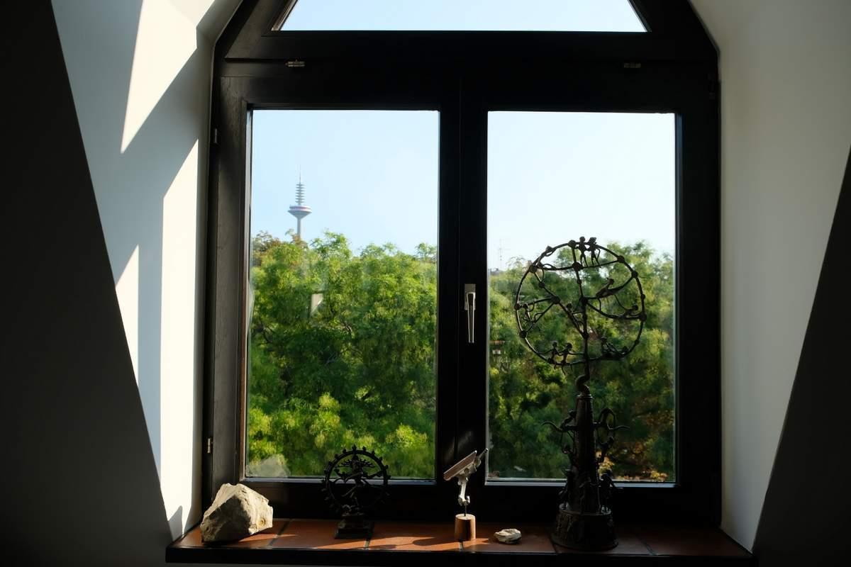 003-Wohnen-auf-Zeit-Frankfurt-47 Stylish Attic holiday apartment with view in Frankfurt City %Bockenheim