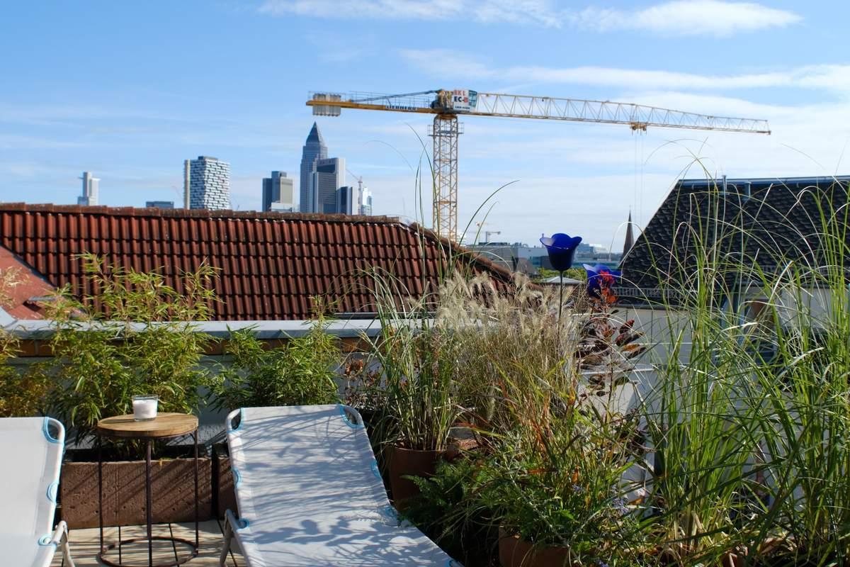 108-Wohnen-auf-Zeit-Frankfurt-23 Stylish Attic holiday apartment with view in Frankfurt City %Bockenheim