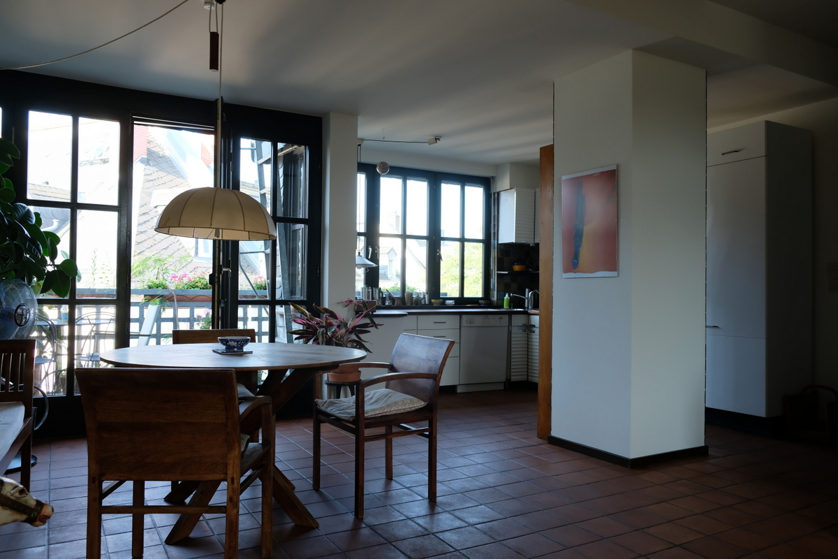 apartment-von-privat-in-frankfurt-3 Stylish Furnished attic apartment with view in Frankfurt City %Bockenheim